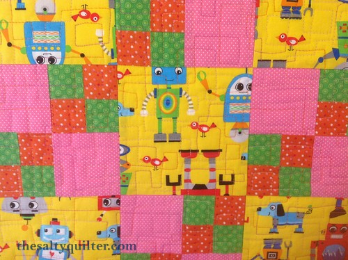 The Salty Quliter - Girlie Robots - Quilting close up