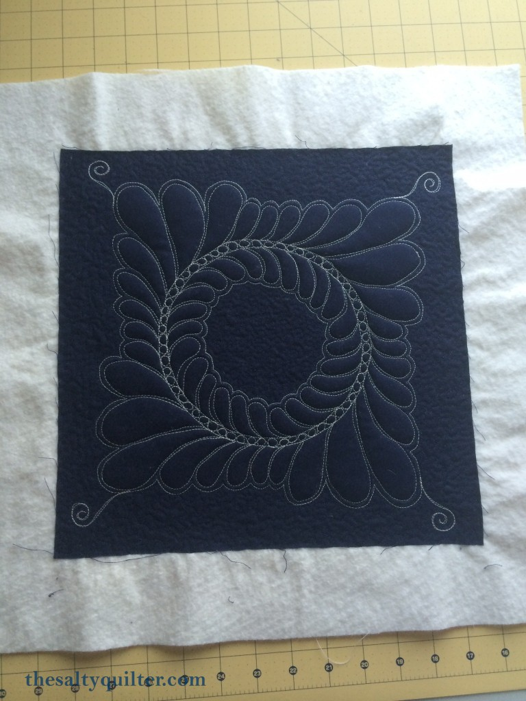 The Salty Quilter - Hanawa - Drafted feather block
