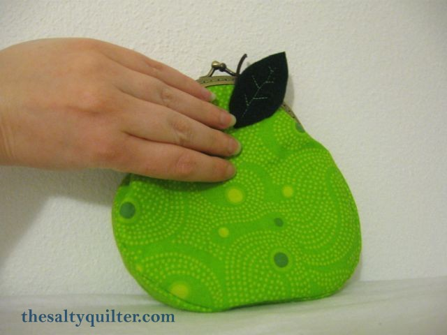 The Salty Quilter - Pear Purse - size reference