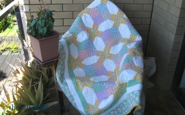 The Salty Quilter - Sunny Stars - Finished