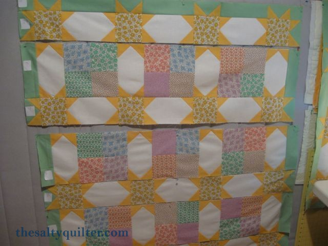 The Salty Quilter - Sunny Stars - Block layout
