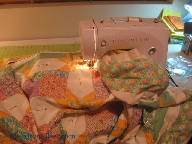 The Salty Quilter - Sunny Stars - Quilt on my machine